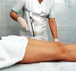 пациентка на процедуре