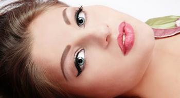 избавления нежелательных волос на верхней губе