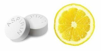 аспирин и лимон для пилинга