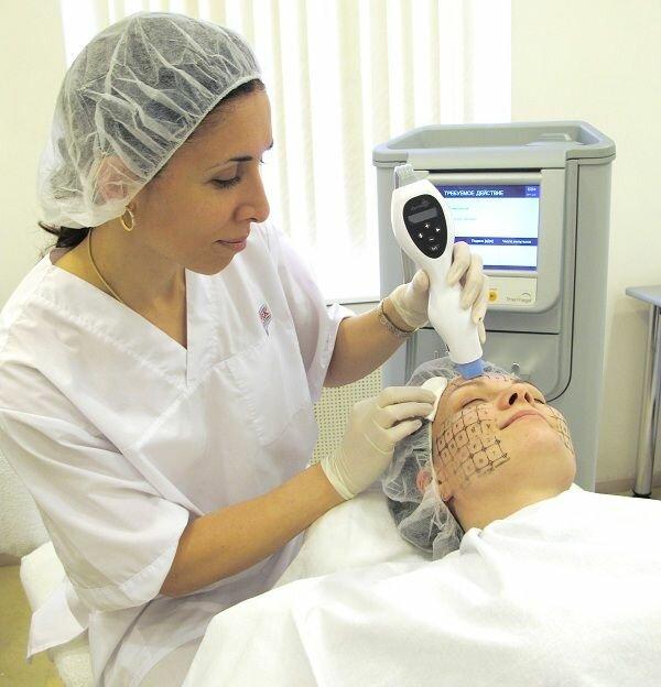 аппаратная процедура кожи лица