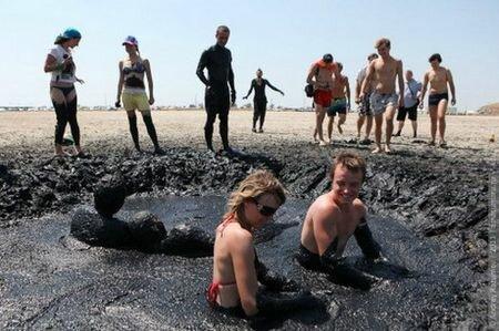 люди на курорте торфяные грязи