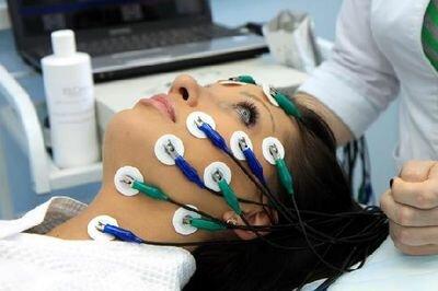 физиотерапевтический метод подачи электрического тока